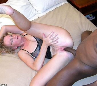 Amateur wife lets a black date fuck her